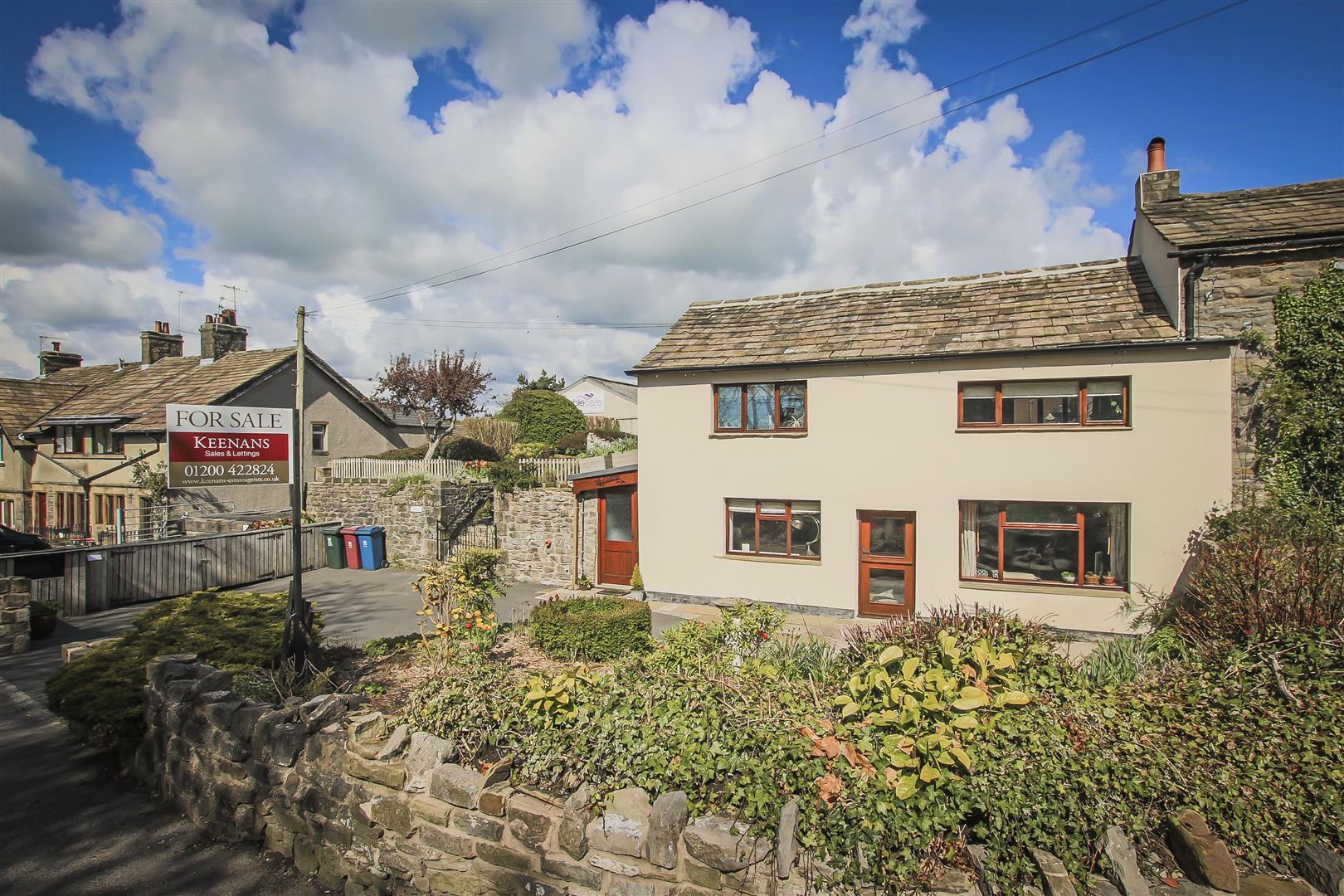 2 Bedroom Cottage For Sale - Front External